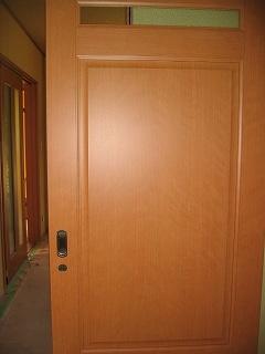 脱衣所からリビングへのスライドドア