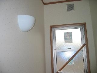 トイレのミニクリンプトンランプ